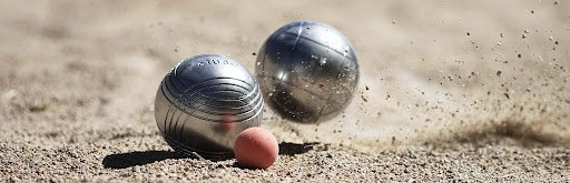 selection of petanque team